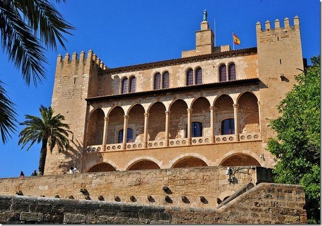 Дворец Альмудайна, Пальма де Майорка