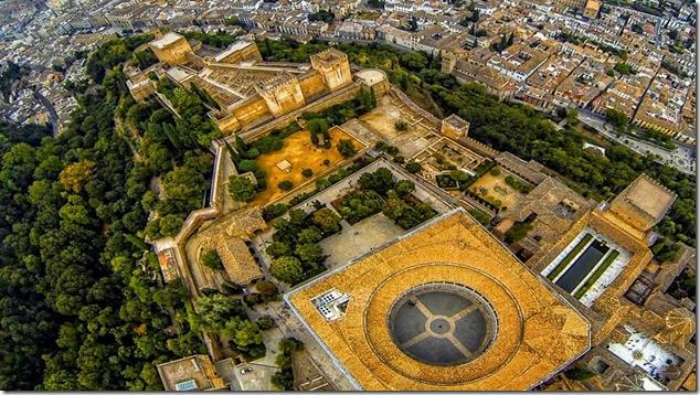 Альгамбра с высоты птичьего полета
